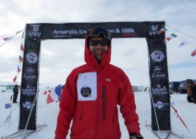 Atoll sponsored István Tóth's run at the Antarctic Ice Marathon 2014.